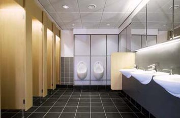 commercial-washroom-cleaning